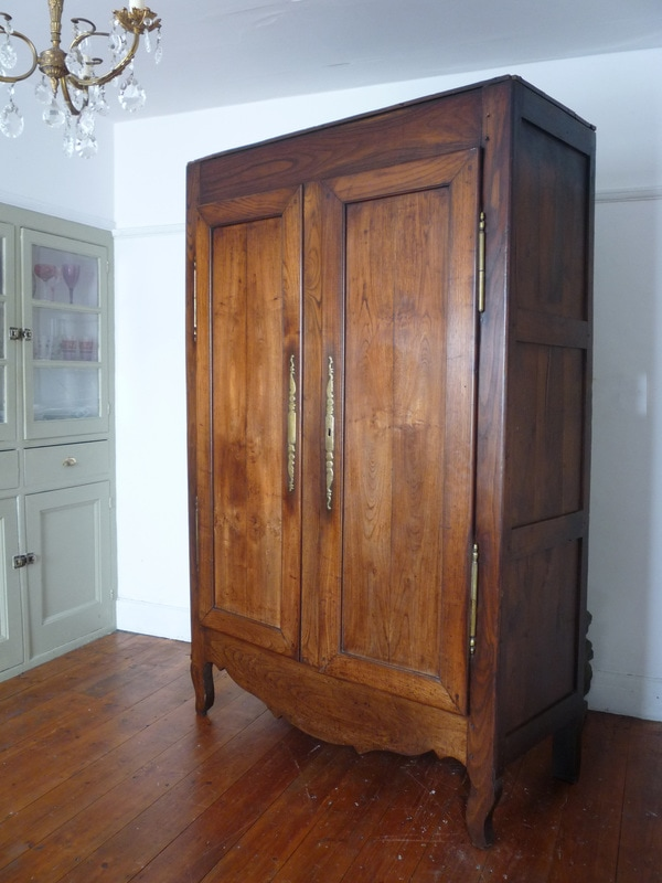 French cupboards